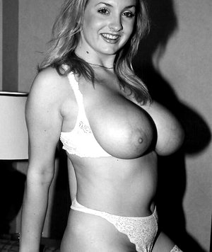 Very hot retro MILF shows her giant tits