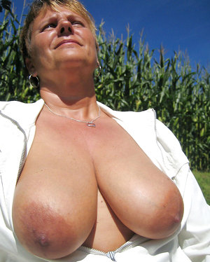 Big breasted mothers exposing their tits
