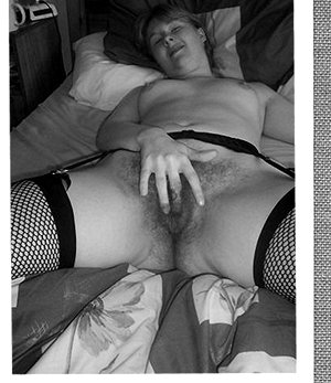 Chubby mature with hairy pussy retro pics