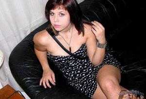 18 Year Old Amateur Nude Emo Girl Modeling