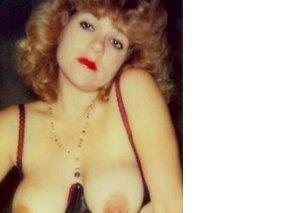Hot vintage amateur babe